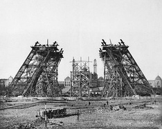 7 December 1887: Construction of the legs with scaffolding.