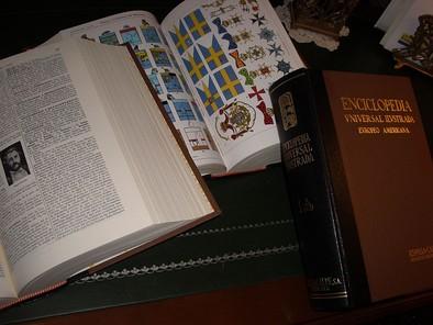 encyclopedia americana 2003: